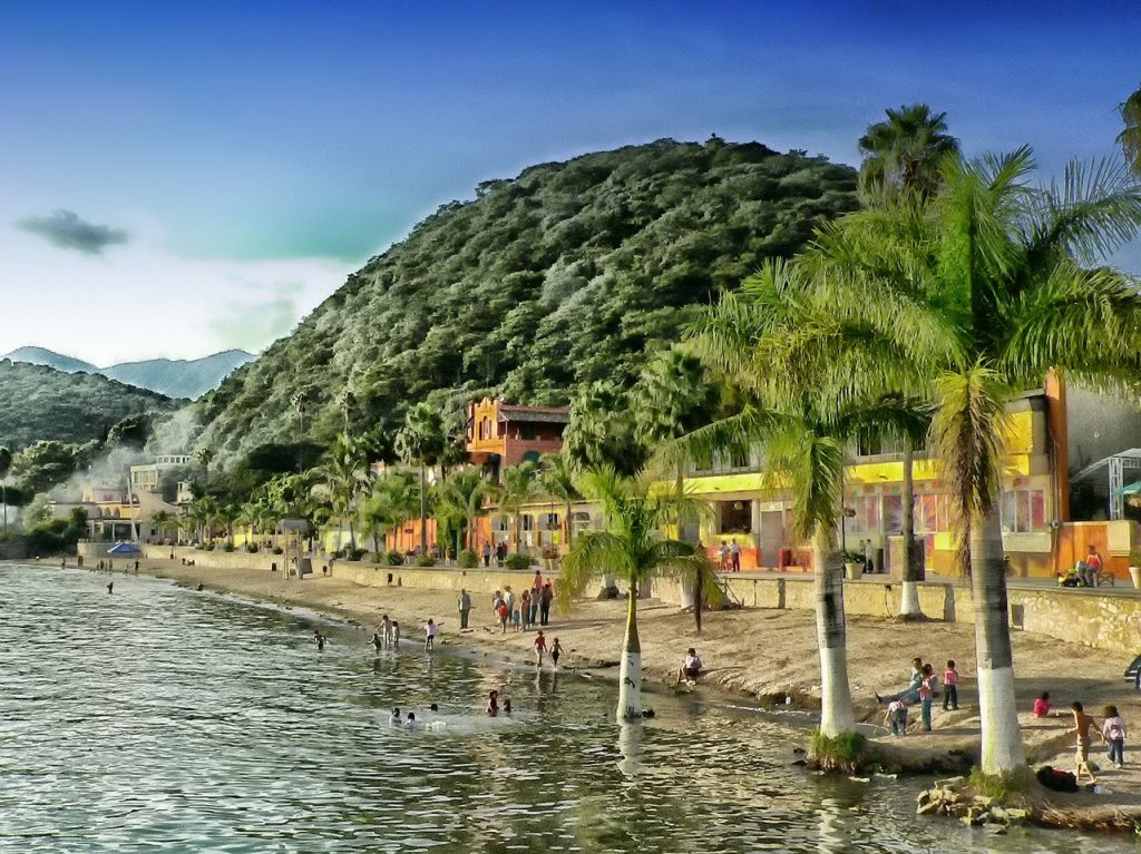 Мексика открыта для туристов