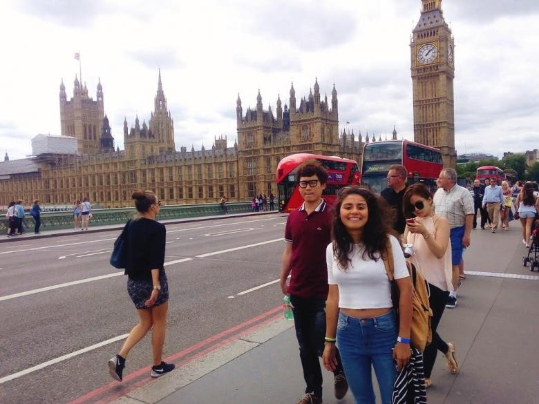 Работа в англии для русских студентов вилла кипр купить